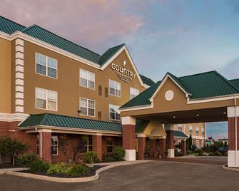 Country Inn & Suites by Radisson, Findlay, OH - Findlay - Building