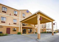 Comfort Suites Brenham - Brenham - Building