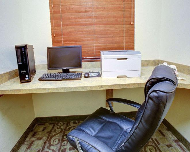 Comfort Suites Brenham - Brenham - Liikekeskus