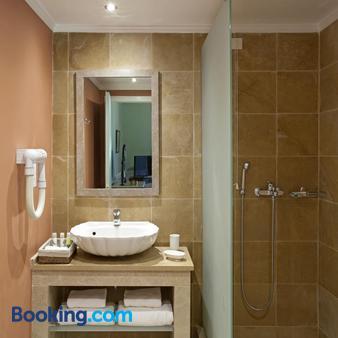 Pelecas Country Club - Corfu - Bathroom