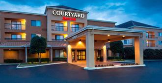 Courtyard by Marriott Dothan - Dothan