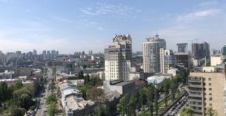 Hostel Bulvar Shevchenko - Kiev - Vista externa