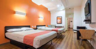 Motel 6 Globe Az - Globe - Bedroom