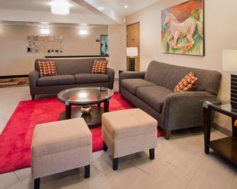 Best Western Monticello - Monticello - Living room