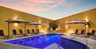 Fairfield Inn by Marriott Los Cabos - Cabo San Lucas - Havuz