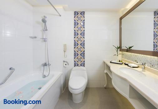 Riviera Hotel Macau - Macau (Ma Cao) - Phòng tắm