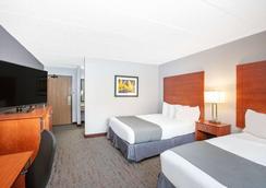 AmericInn by Wyndham Ankeny/Des Moines - Ankeny - Bedroom