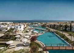 米茨斯藍屋頂式酒店 - 科斯島 - 卡達麥納 - 室外景