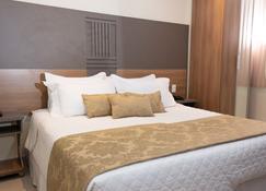 Hotel Pousada Cravo e Canela - Campos dos Goytacazes - Habitación