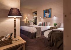 Hôtel des Alpes - Annecy - Yatak Odası