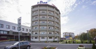 Voyage Hotel - Minsk - Toà nhà