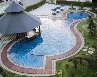 Swiss-Belhotel Borneo Banjarmasin - Banjarmasin - Pool