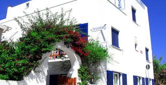 Hotel Helliniko - Parikia - Bangunan