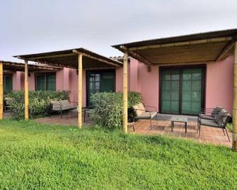 Casa Verde Hotel Ecologico - Mala - Building