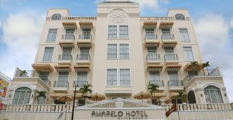 Amarelo Hotel - Surakarta City - Κτίριο