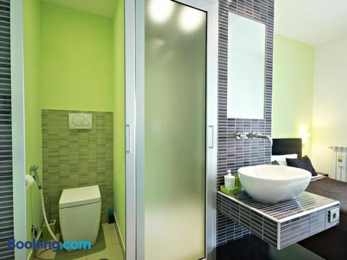 Moai Home - Rome - Bathroom