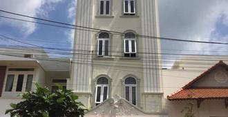 Nam Dinh Motel - Buôn Ma Thuột