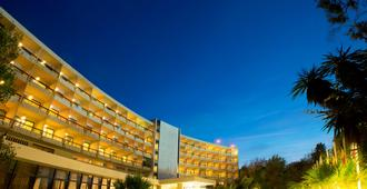 Corfu Holiday Palace Hotel - Korfu