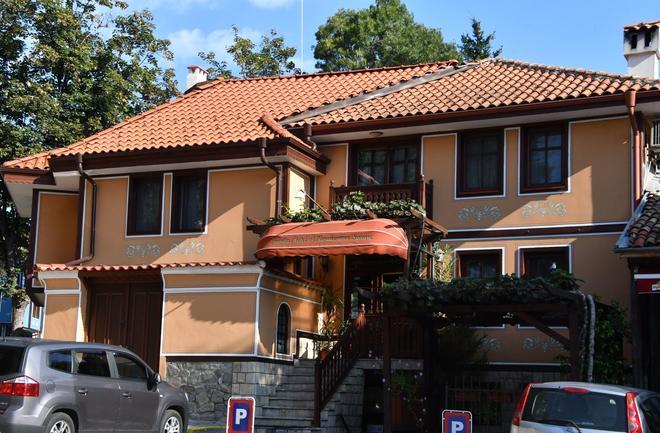 Renaissance - Plovdiv - Rakennus