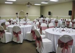 Country Hearth Inn & Suites Marietta - Marietta - Banquet hall