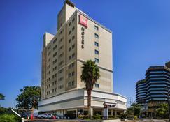 Ibis Joinville - Joinville - Gebäude