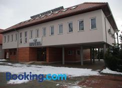 Hotel Pod Zlota Korona - Opole - Edificio