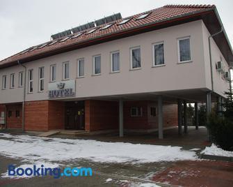 Hotel Pod Zlota Korona - Opole - Building