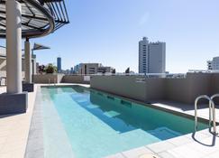 Gabba Central Apartments - Brisbane - Piscina