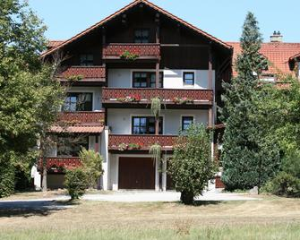 Waldpension Jägerstüberl - Bad Griesbach - Building