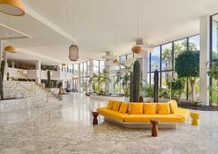 H10 蘭索羅特島公主酒店 - 雅伊薩 - 普拉亞布蘭卡 - 大廳