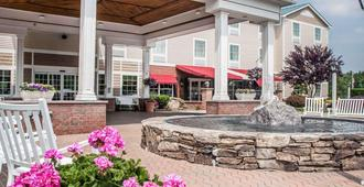 Comfort Inn & Suites - Sturbridge