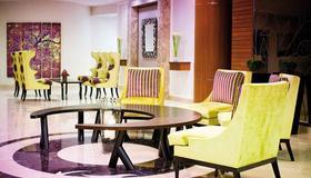 Avani Deira Dubai Hotel - Dubai - Lobby