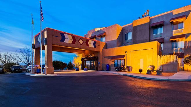 Inn at Santa Fe, SureStay Collection by Best Western - Santa Fe - Rakennus