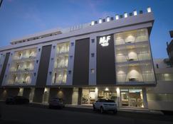 M&F Hotel - Gallipoli - Gebouw