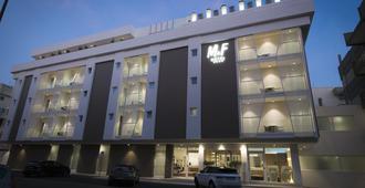 M&F Hotel - Gallipoli - Building