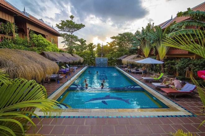 Delux Villa - Battambang - Pool