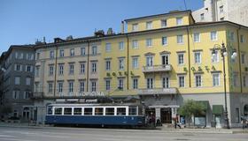 Albergo Alla Posta - Trieste - Rakennus