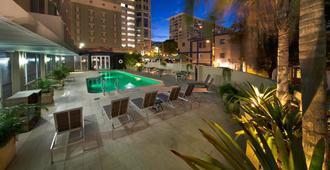 Courtyard by Marriott San Juan Miramar - San Juan - Pool