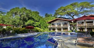 Agua Dulce Beach Resort - Puerto Jiménez