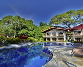 Agua Dulce Beach Resort - Puerto Jimenez - Pool