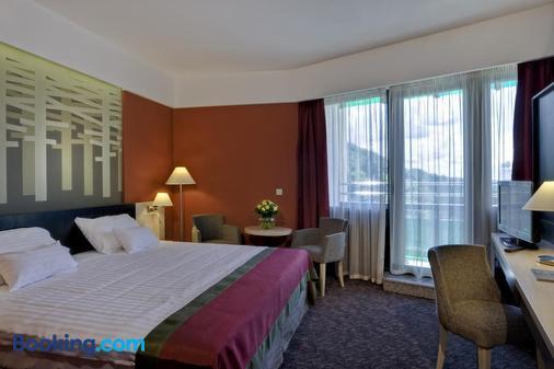 Danubius Health Spa Resort Bradet - Sovata - Bedroom