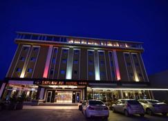 Saylamlar Hotel - Trapisonda - Edificio