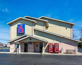 Motel 6 Salisbury - Salisbury - Κτίριο