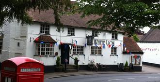 The White Lion Inn - Solihull
