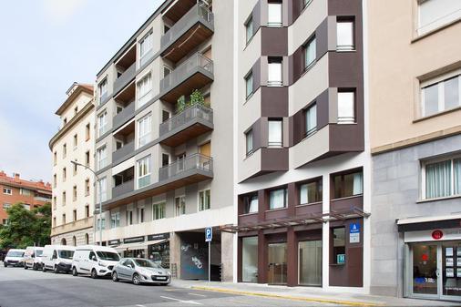 Ginosi Pedralbes Hotel - Barcelona - Rakennus