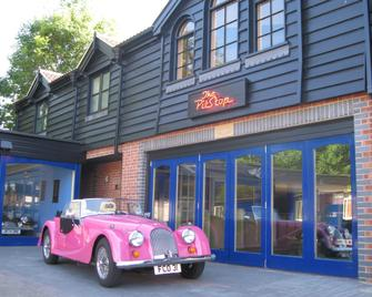 The PitStop - Bishop's Stortford - Building