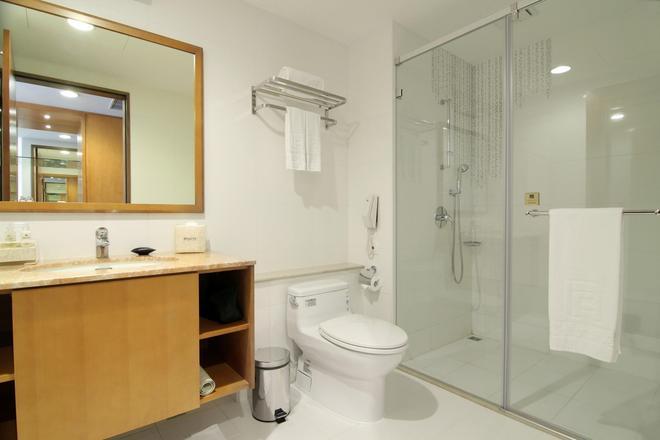 台中富信大飯店 - 台中 - 浴室