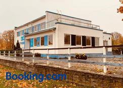 Paldiski Hotel - Paldiski - Building