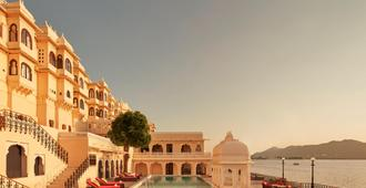 Taj Fateh Prakash Palace - Udaipur - Piscina