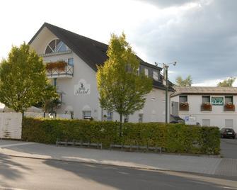 Hotel Sterkel - Roedermark - Building
